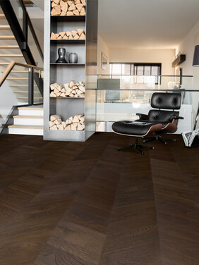 Raisin Black Oak Matt  - Intenso Chevron Wood Flooring